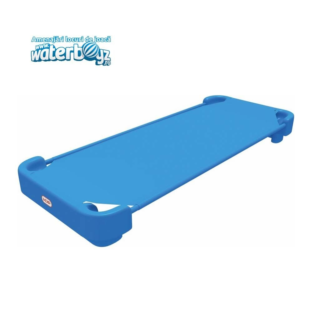 Bed with elastic mattress for children